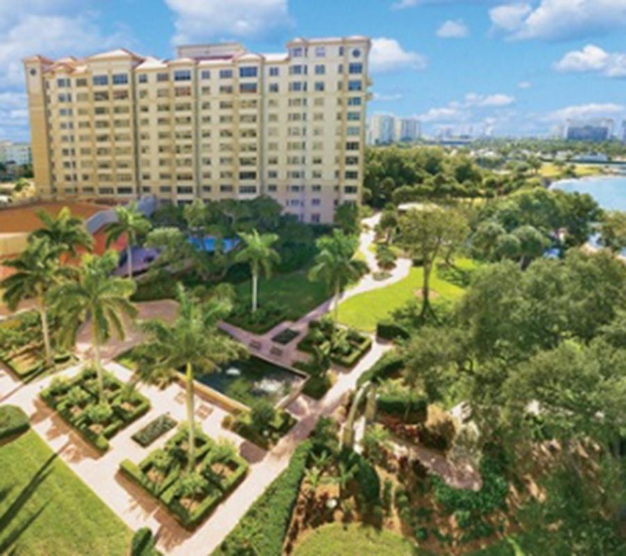 10 FAQs About Sarasota Bay Club