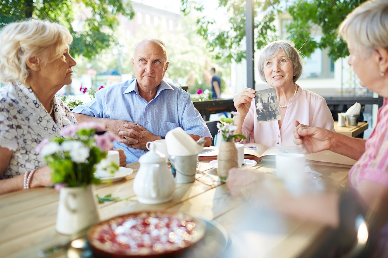 Telling Senior Stories at Senior Living: Listening to Memories